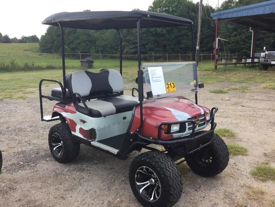 EZ GO ELECTRIC GOLF CART (36 VOLT, 2019 BATTERIES W/CHARGER, **RE-CONDITIONED**) R1