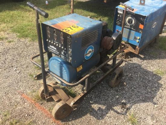 MILLER TRAILPOWER?7 GA? 1 GENERATOR ON PULL CART (7kw, SINGLE PHASE) R1