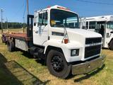 1993 MACK FLATBED (6 SPEED MANUAL TRANS, DIESEL, MILES READ 200505, VIN-VG6BA07A2PB500353, 18 FT X 8