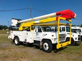 1992 FORD F700 BUCKET TRUCK (6.6 FORD/NEW HOLLAND DIESEL, 5spd TRANS, MILES-EXEMPT, 55FT REACH,