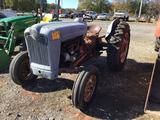 FORD JUBILEE TRACTOR (NEW CARBURETOR)