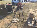 PIPE VISE, PIPE VISE W/STAND, ROLLER STAND