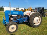 FORD 2000 TRACTOR (GAS, 36HP, HRS READ-590)