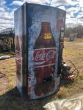 UPRIGHT COCA-COLA DRINK MACHINE
