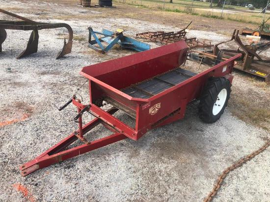 MILL CREEK PULL TYPE MANURE SPREADER (LIKE NEW)