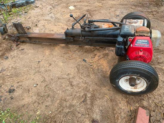 LOG SPLITTER W/ HONDA ENGINE