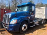 **INOP** 2013 FREIGHTLINER ROAD TRACTOR W/ DAY CAB