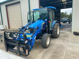 NEW HOLLAND 3040 BOOMER CAB TRACTOR W/ LOADER
