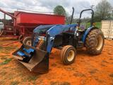 NEW HOLLAND TN55 TRACTOR W/ LOADER