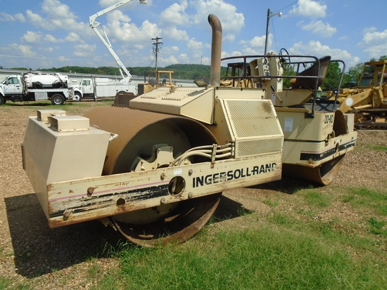 Ingersoll-Rand DD-110 Compactor