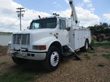2001 International Bucket Truck
