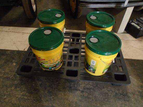 Four 5-Gallon Buckets of Hydraulic Oil
