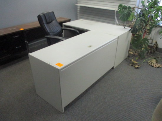 METAL BASE 5' DESK WITH 5' LFT RETURN AND LEATHER EXECUTIVE CHAIR