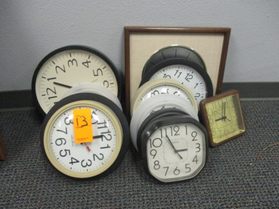 LOT OF ASSORTED WALL CLOCKS