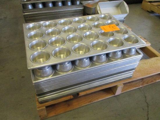 (18) 24 CUP CUPCAKE BAKING PANS