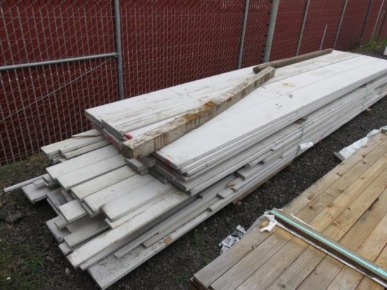 ASSORTED SIZE SPRUCE BOARDS