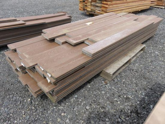 PALLET W/ASSORTED SIZED POLYWOOD BOARDS