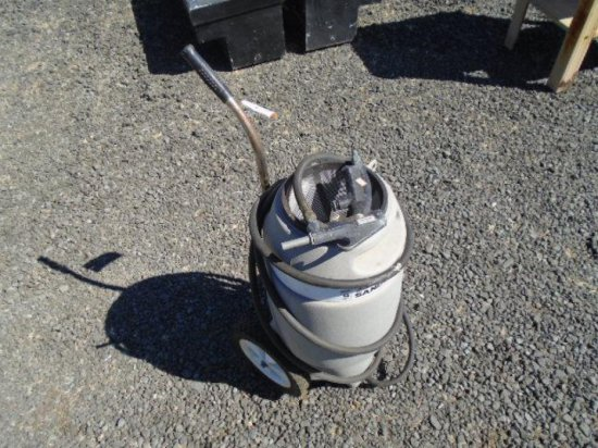 SPEEDAIRE 9 GALLON SAND BLASTING POT