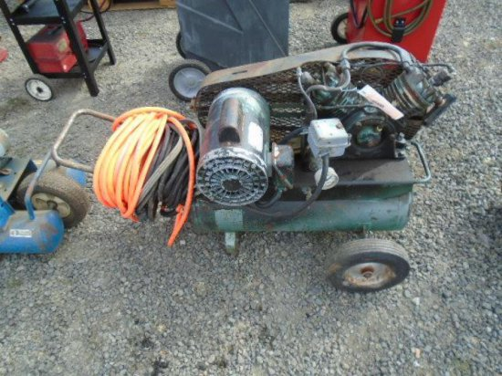MANCHESTER ELECTRIC AIR COMPRESSOR W/AIR HOSE