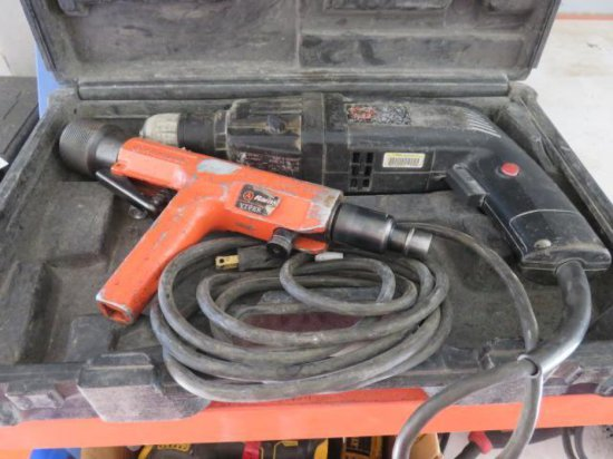 CHICAGO ELECTRIC 3/4'' REVERSIBLE HAMMER W/CASE AND A RAMSET VIPER FASTENER