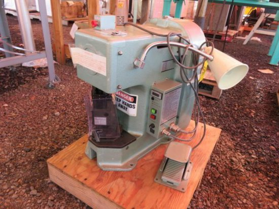 JST APK2N ELECTRIC CRIMPING MACHINE W/FOOT PEDAL