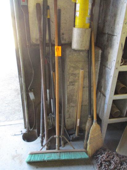 ASSORTED BROOMS, SHOVELS, DUSTPANS AND BARS