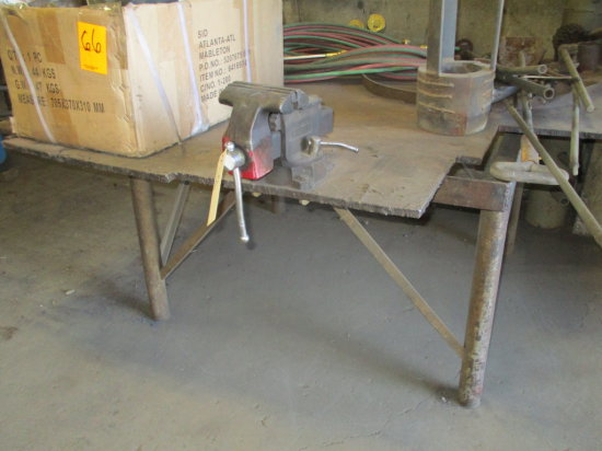 SET UP STEEL WELDING TABLE WITH VISE