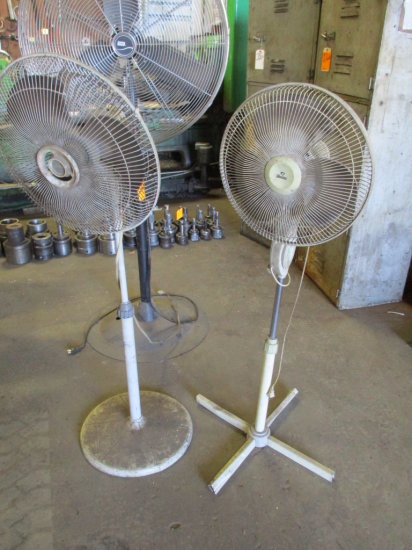 LOT OF 2 PLASTIC FANS ON STANDS