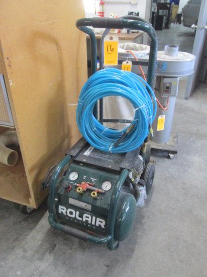 ROLAIR SYSTEMS PORTABLE AIR COMPRESSOR C/W 2 AIR HOSES