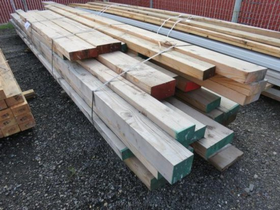 LOT OF ASSORTED SIZED LUMBER