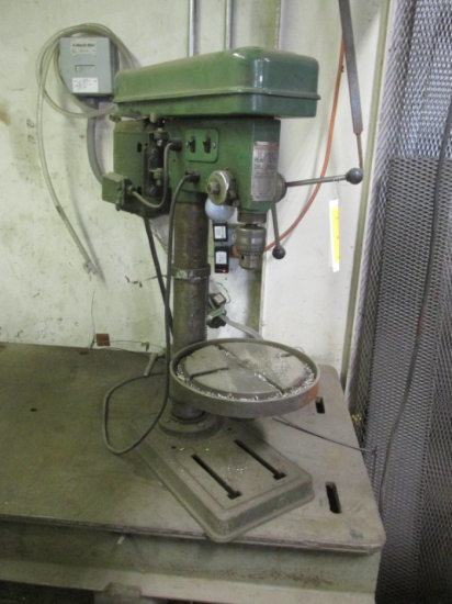 CENTRAL MACHINERY 12 SPEED HEAVY DUTY DRILL PRESS BENCH TOP