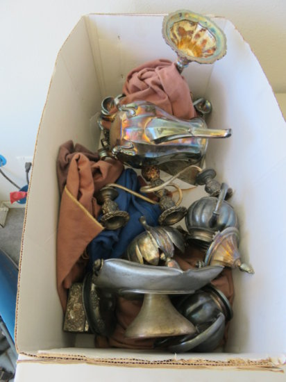 LOT OF ASSORTED FORMAL TABLEWARE