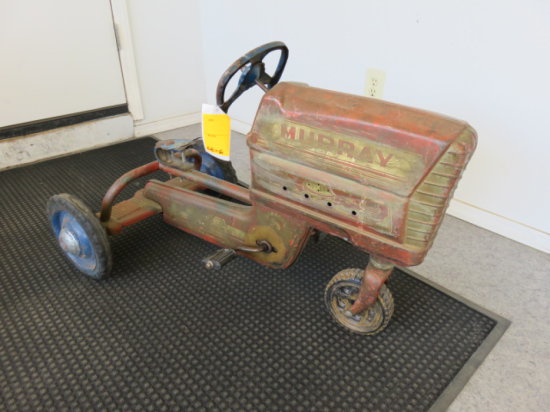 ANTIQUE MURRAY TRAC THREE WHEELED PEDAL TRACTOR