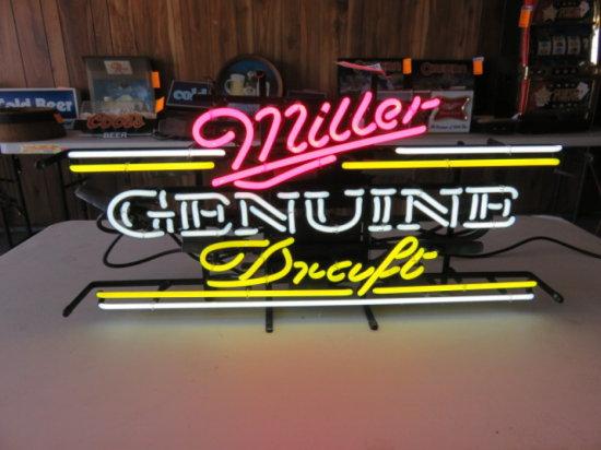 MILLER GENUINE DRAFT NEON LIGHT