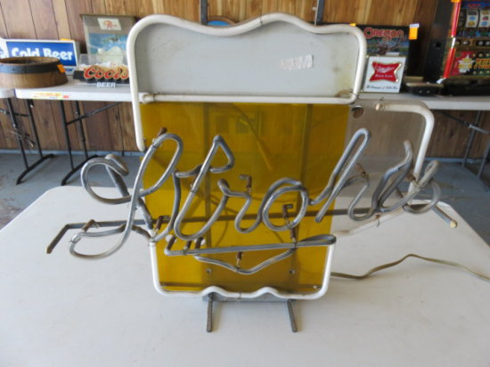 VINTAGE STROHS NEON LIGHT, POWERS UP, DOES NOT LIGHT