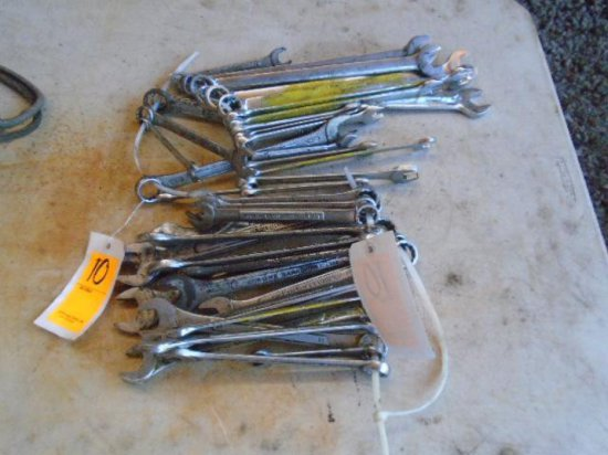 LOT OF COMBO WRENCHES