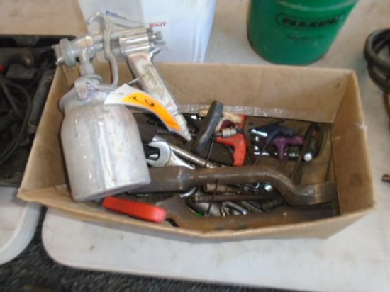 BOX W/ASSORTED TOOLS