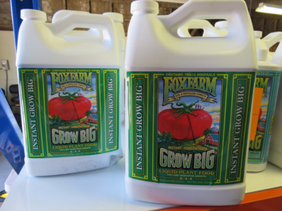 (2) GALLONS FOXFARM GROW BIG LIQUID PLANT FOOD