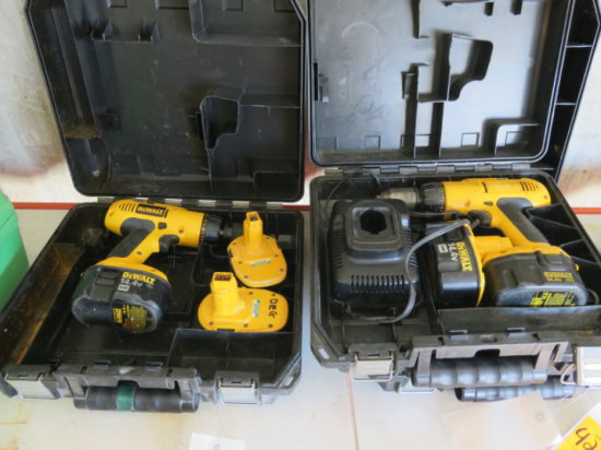 LOT W/(2) DEWALT 14.4 VOLT CORDLESS DRILLS W/(4) BATTERIES & A CHARGER, IN