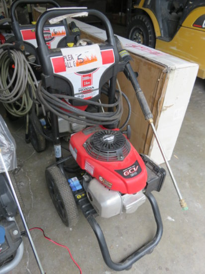 Simpson 3000 PSI gas pressure washer, Honda GCV 190