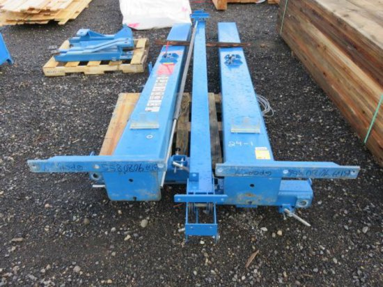 BENWIL 9000LB, 2-POST CAR LIFT