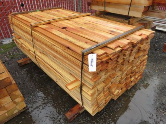 PALLET W/ CEDAR TONGUE & GROOVE 6' X 3'' X 3/4'' *APPROXIMATELY 350