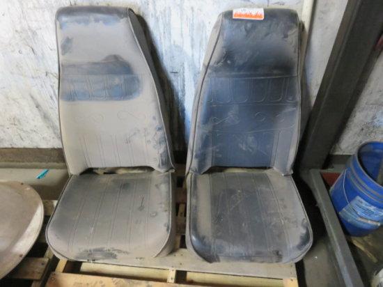 PAIR TRUCK SEATS