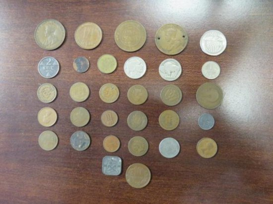 LOT OF ASSORTED OLD FOREIGN COINS, AUSTRALIA, NETHERLANDS, NORWAY, (2) BUFFALO NICKLES, (2) WHEAT