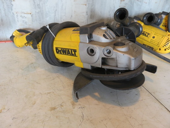 DEWALT D28493 120V 7/9'' ANGLE GRINDER