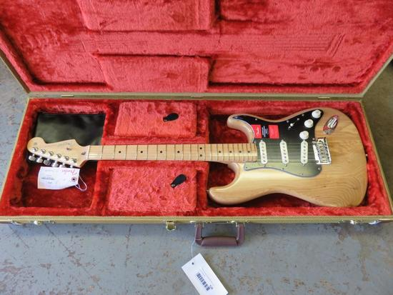 USA FENDER STRAT SPECIAL ORDER CUSTOM WOOD ELECTRIC GUITAR
