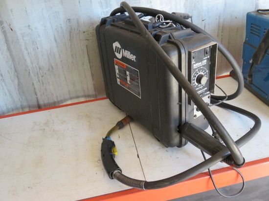 MILLER SUITCASE 12VS WIRE FEED WELDER