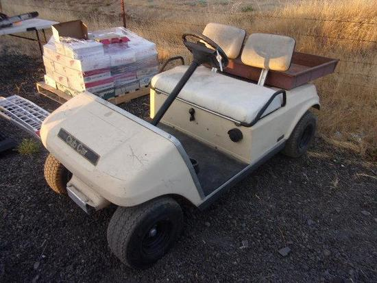CLUB CAR GAS POWERED GOLD CART W/ STATIONARY UTILITY BED