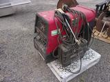 LINCOLN ELECTRIC RANGER 250 GAS POWERED WELDER W/MILLER SUITCASE XTREME12VS WIRE FEEDER