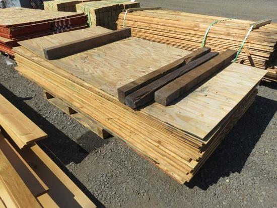 ASSORTED THICKNESS SHEETS OF PLYWOOD